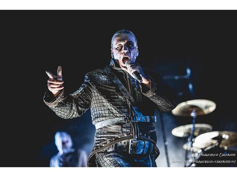 Rammstein, partnership con Balenciaga per una linea di merchandise deluxe