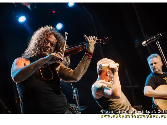 "Concerti, Modena City Ramblers: parte il ""Riaccolti - Punk'n'folk acoustic club tour"" - CALENDARIO"