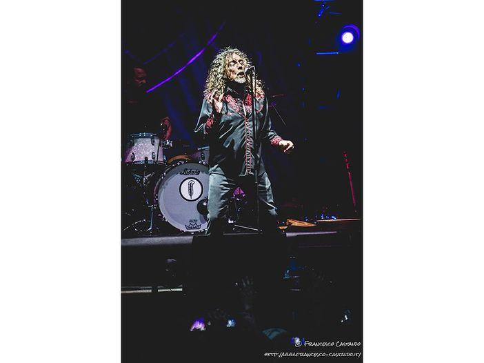 Robert Plant firma con la Nonesuch: nuovo album entro l'anno