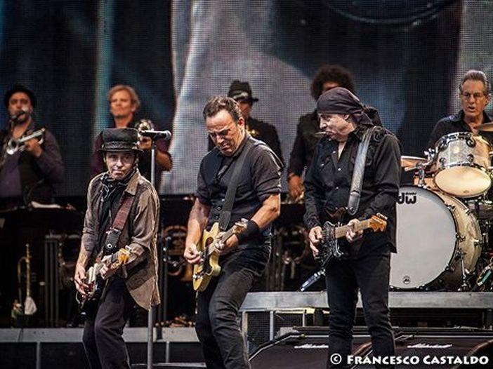 Bruce Springsteen in Italia, è caccia (disperata) anche al biglietto 'fisico'. 'No comment' di Trotta all'ipotesi di una seconda data a San Siro