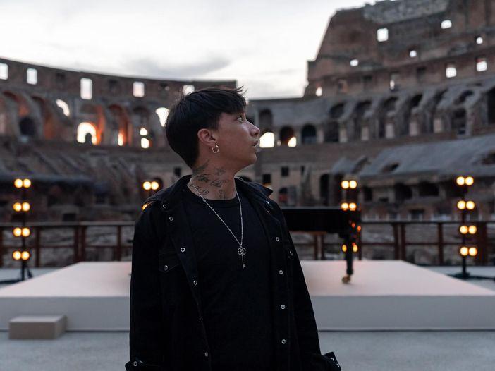 Il concerto di Ultimo al Colosseo, in streaming: come è andata