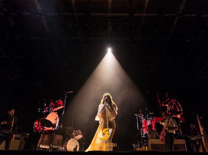 Prossime classifiche UK, numero 1 quasi garantito per Florence And The Machine