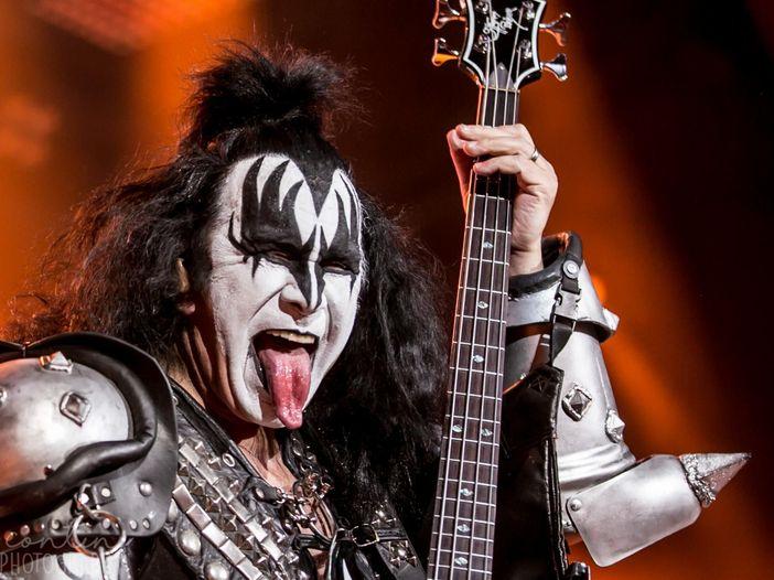 Gene Simmons: il rock è morto, ma il suo conto in banca no