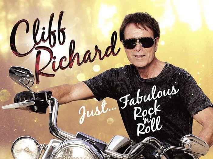 Cliff Richard, tutte le 13 volte che è stato al numero 1 in UK