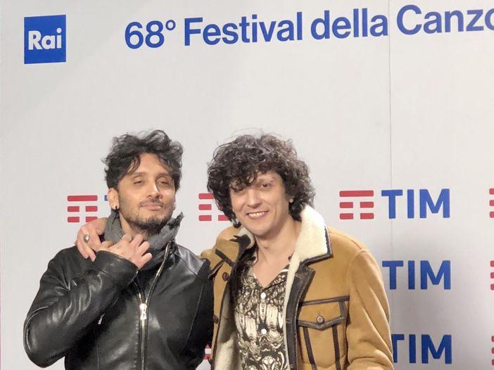 """Sanremo 2018, caso Ermal Meta e Fabrizio Moro: restano in gara. Poi la Rai prende tempo """"Faremo verifiche"""""""