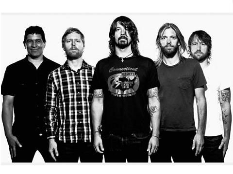Foo Fighters, ecco la clip ufficiale di 'Something from nothing' - VIDEO