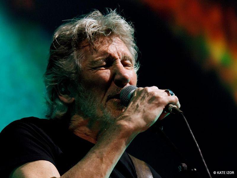"""Guarda alcuni fotogrammi tratti dal docu-film """"Us + Them"""" di Roger Waters in uscita il 16 giugno."""
