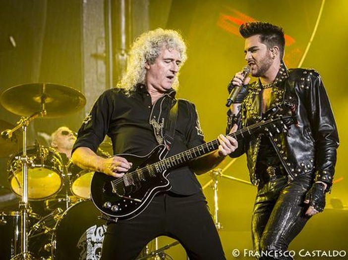 Queen: da giugno di nuovo in tour con Adam Lambert, ma il fantasma di Freddie incombe