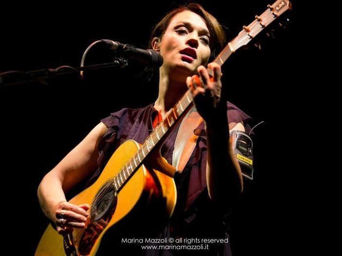 Carmen Consoli: esce ad aprile 'Eco di sirene', live in presa diretta con due brani inediti - COVER