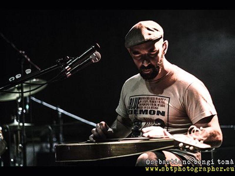 5 aprile 2014 - The Cage Theatre - Livorno - Frankie Chavez in concerto