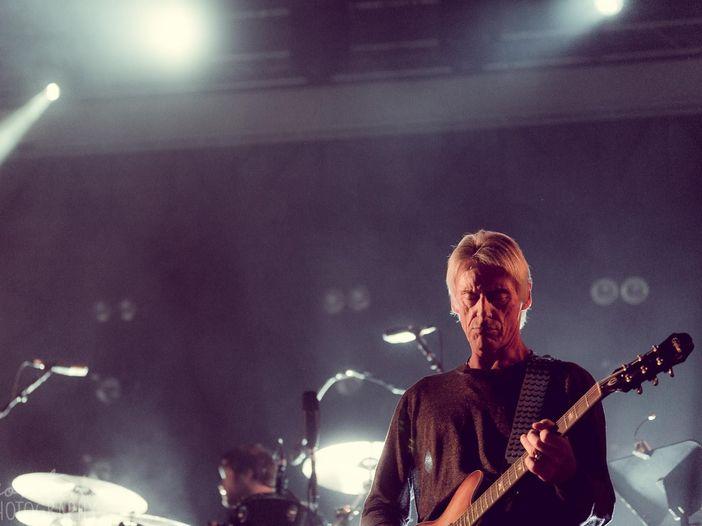 Paul Weller e Johnny Marr insieme per '(I'm a) Roadrunner'. VIDEO