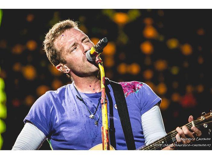 """Coldplay, guarda la clip di """"Miracles (someone special)"""" - VIDEO"""