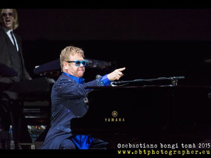 Elton John in concerto al Lucca Summer Festival: il report