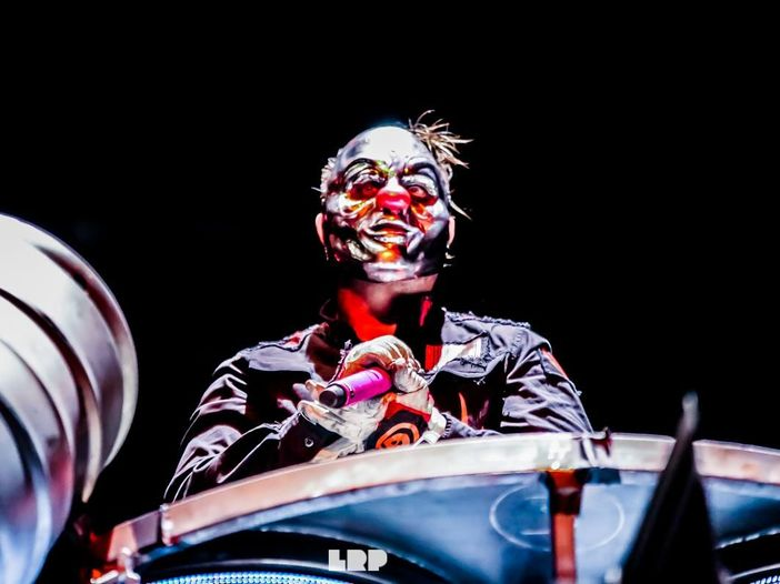 Slipknot, all'asta come NFT un video logo con insetti che escono dalla bocca di Shawn Crahan