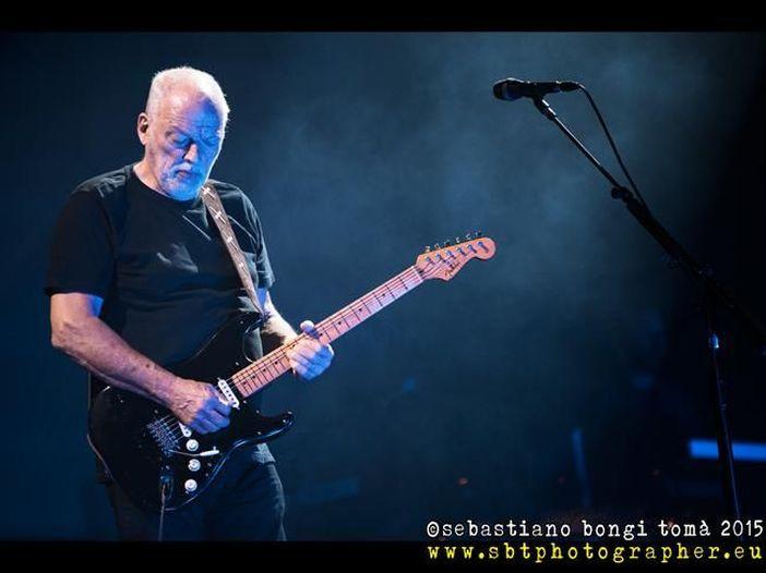 74 anni e sentirli (e bene): tanti auguri, Stratocaster. 10 artisti che hanno reso immortale 'la' Fender