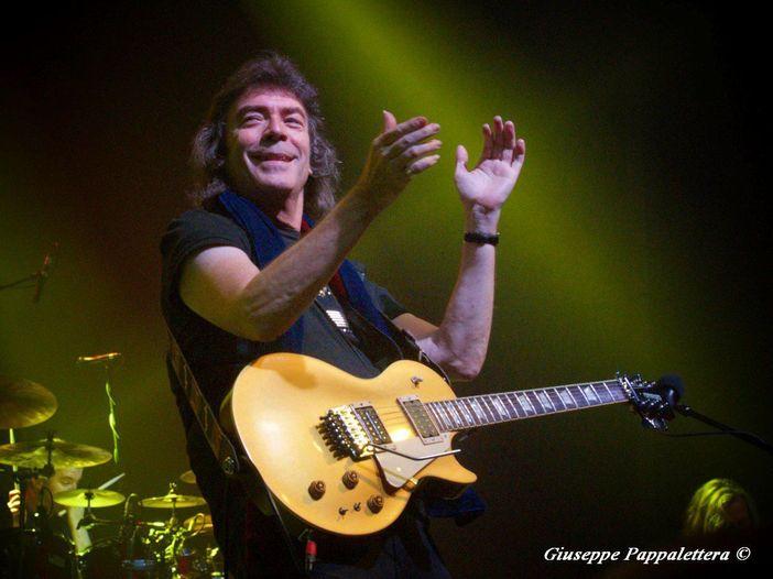 Steve Hackett ripensa a quando lasciò i Genesis nel 1977