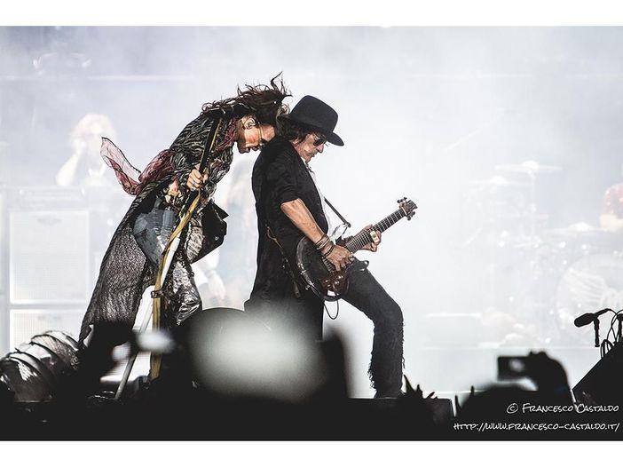Gli Aerosmith licenziano il produttore. Disco pronto a marzo
