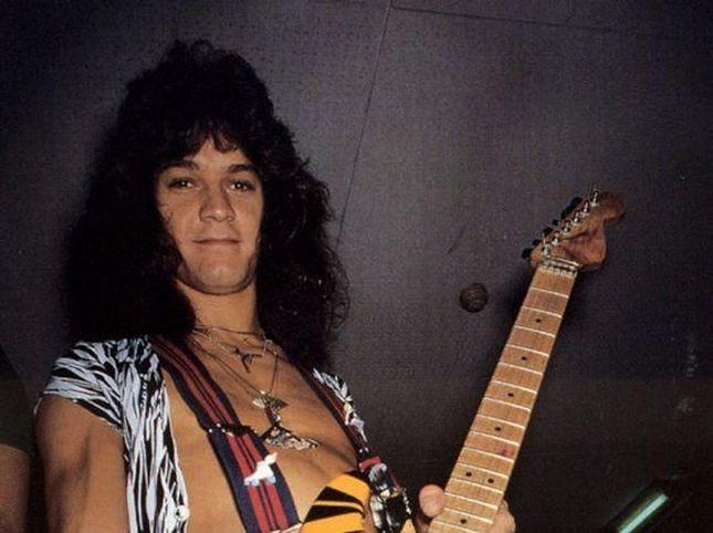 Addio a Eddie Van Halen, il ricordo dei Kiss, degli Aerosmith, degli AC/DC e di tanti altri