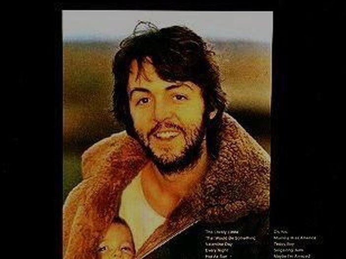 Paul McCartney, 50 anni dal suo primo album solista: tutte le canzoni + 1