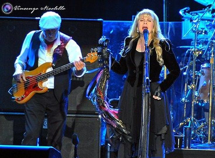 Stevie Nicks, la voce d'oro del rock in dieci duetti