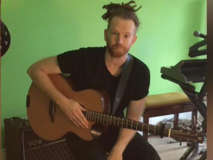 #NoFilter: Newton Faulkner, dal vivo durante le prove del tour - VIDEO ESCLUSIVO