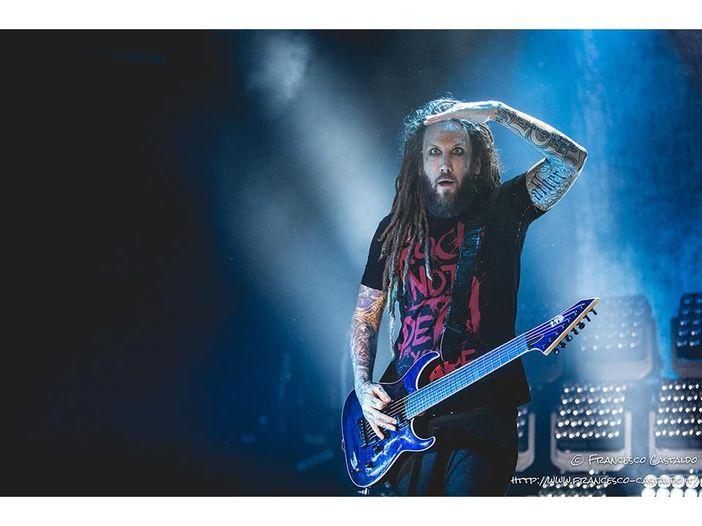 """Brian Welch scherza: """"Il prossimo album dei Korn uscirà non oltre il 2022"""""""