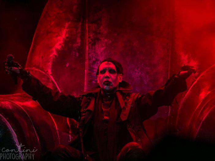 Halloween a Los Angeles: Johnny Depp dal vivo con Marilyn Manson - VIDEO