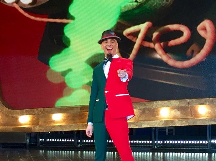 """J-Ax presenta """"Sorci Verdi"""", il suo """"late show"""" in TV: """"Un raudo nei bagni della RAI"""""""