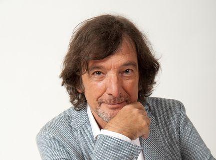 """Claudio Cecchetto, i 40 anni da """"Gioca Jouer"""". Videointervista"""