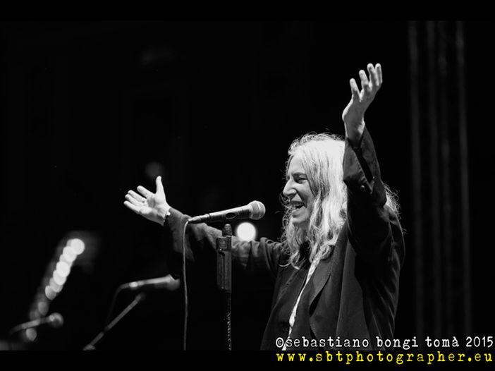 Patti Smith a Venezia: recensioni dei quotidiani