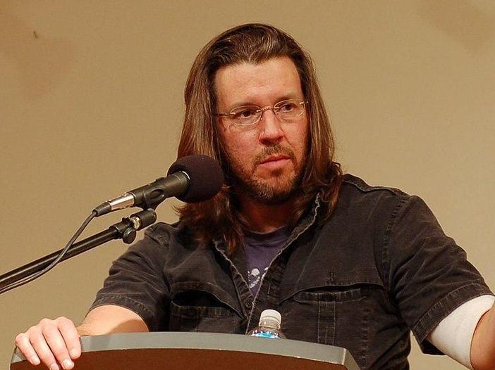Stanno per arrivare gli audiolibri in vinile: David Foster Wallace, Jerry Garcia, Amanda Palmer…