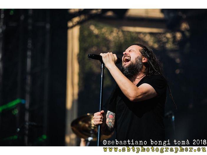 Korn: è stata un'overdose accidentale a uccidere la moglie di Jonathan Davis