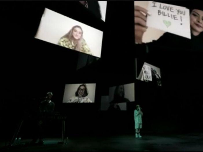 Billie Eilish, c'è la 'benedizione' di Dave Grohl: 'Lei come i Nirvana, è la prova che il rock non è morto'