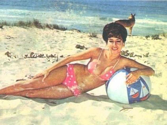 """La canzone per l'estate di oggi: """"Acqua di mare"""", di Romina Power"""