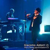 18 Novembre 2011 - Teatro Rossini - Civitanova Marche (Mc) - Mango in concerto
