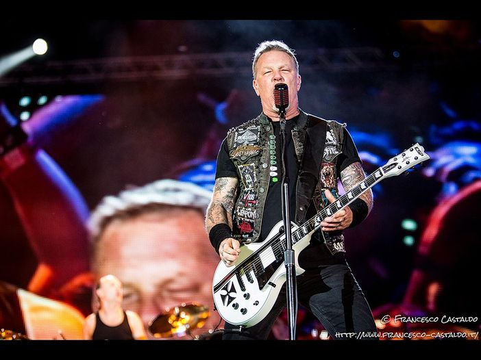 I Metallica, dal vivo in Cina, suonano col pianista Lang Lang - VIDEO