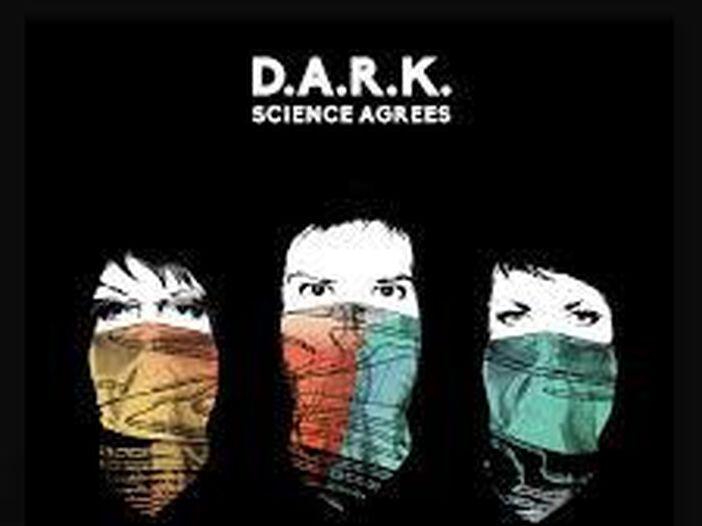 D.A.R.K., il supergruppo un po' Smiths e un po' Cranberries: esce il nuovo singolo 'Gunfight' - ASCOLTA