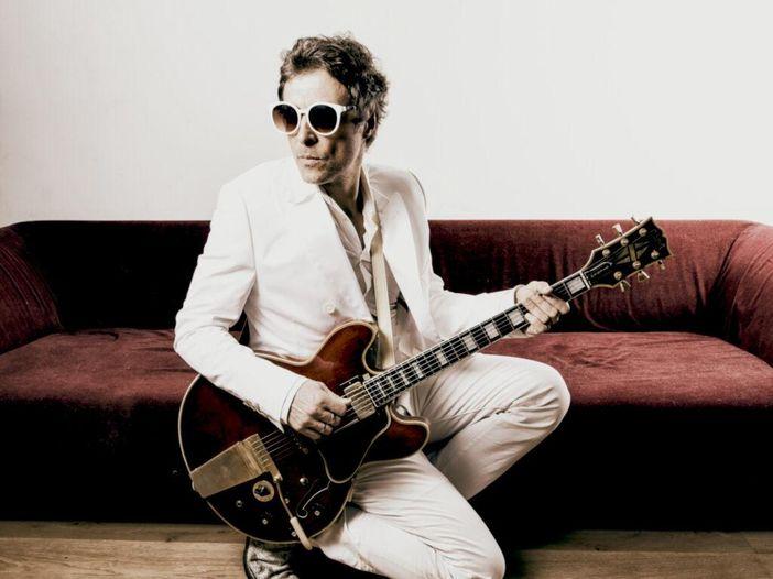 Federico Poggipollini torna con 'Nero', disco tra rock e blues ispirato a Black Keys e White Stripes - INTERVISTA