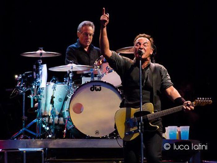 Bruce Springsteen in Italia, l'andamento delle vendite per la data di Milano: il secondary ticketing viaggia (anche) su eBay