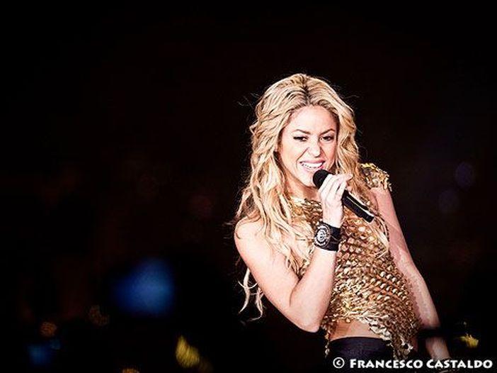 Shakira paga più di 20 milioni di euro di tasse alla Spagna. Potrebbe essere solo una parte del suo debito