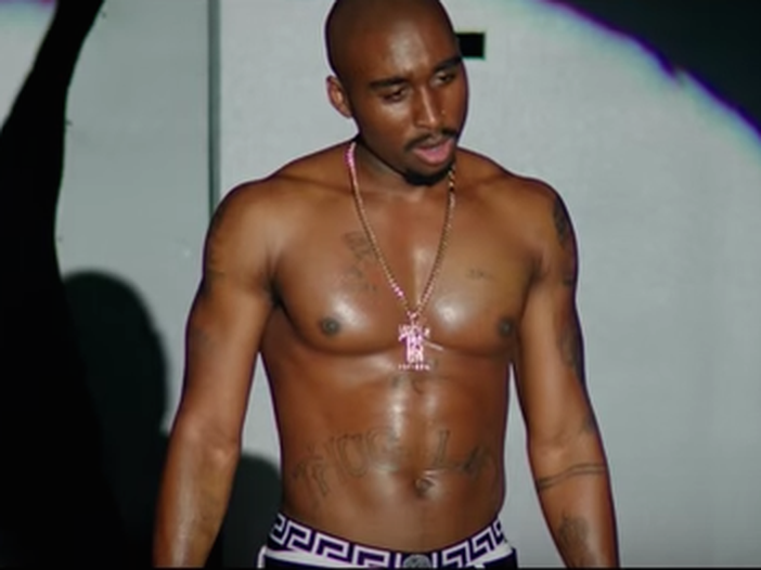 Tupac: il primo trailer di 'All eyez on me', il film dedicato alla vita del rapper - GUARDA