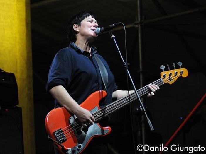 Dopo 27 anni Kim Deal lascia i Pixies
