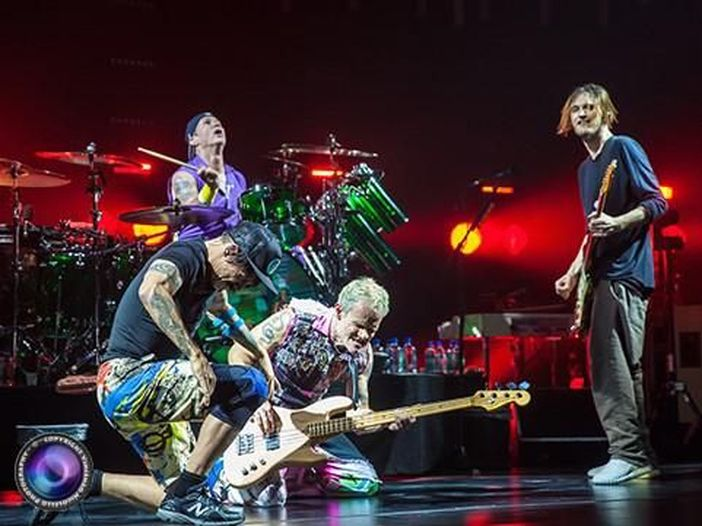Red Hot Chili Peppers in concerto a Torino: la recensione