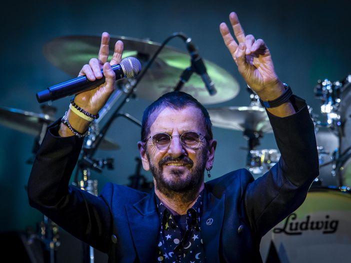 Canzoni che sono state dedicate a Ringo Starr - ASCOLTA