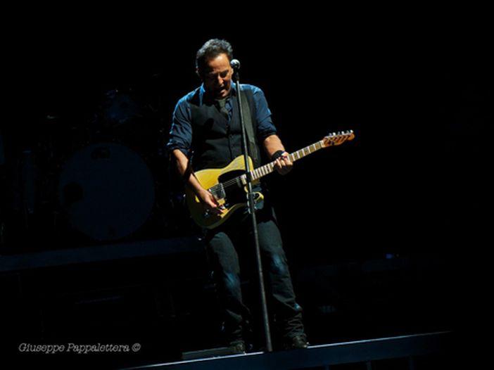 Bruce Springsteen, la scaletta del concerto di LA (e il video di Neil Young)