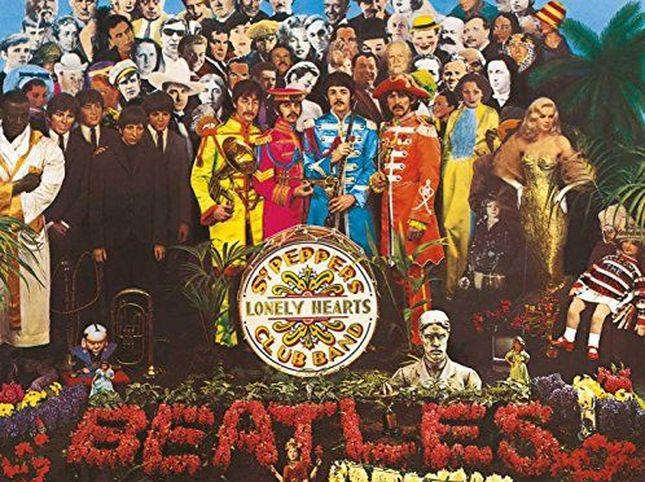 'Sgt. Pepper' dei Beatles ha 53 anni: 30 parodie della copertina