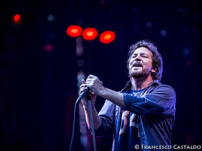 Pearl Jam, ha preso il via il tour europeo a Amsterdam. Ecco come è andata. - SCALETTA/VIDEO