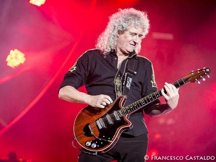 Brian May parla della sofferenza di Freddie Mercury a causa dell'AIDS