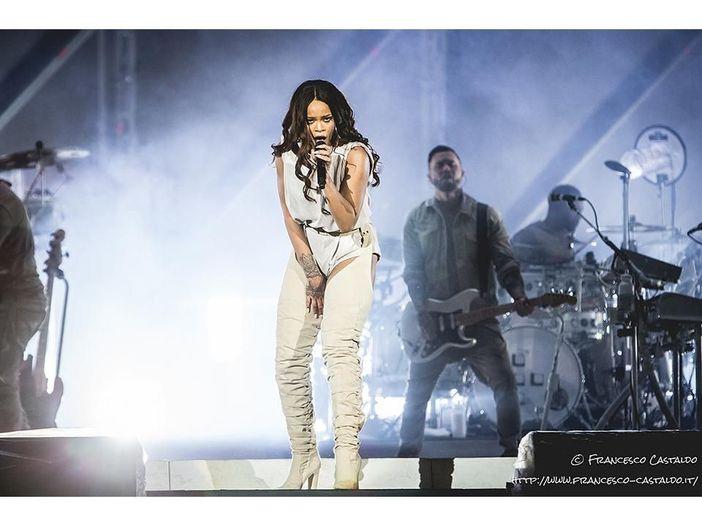 Rihanna, cancellato il concerto previsto questa sera a Nizza a causa del tragico attentato di ieri