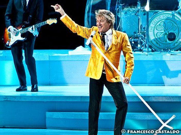 Rod Stewart, in arrivo a marzo il box set 'Live 1976-1998: Tonight's the night'